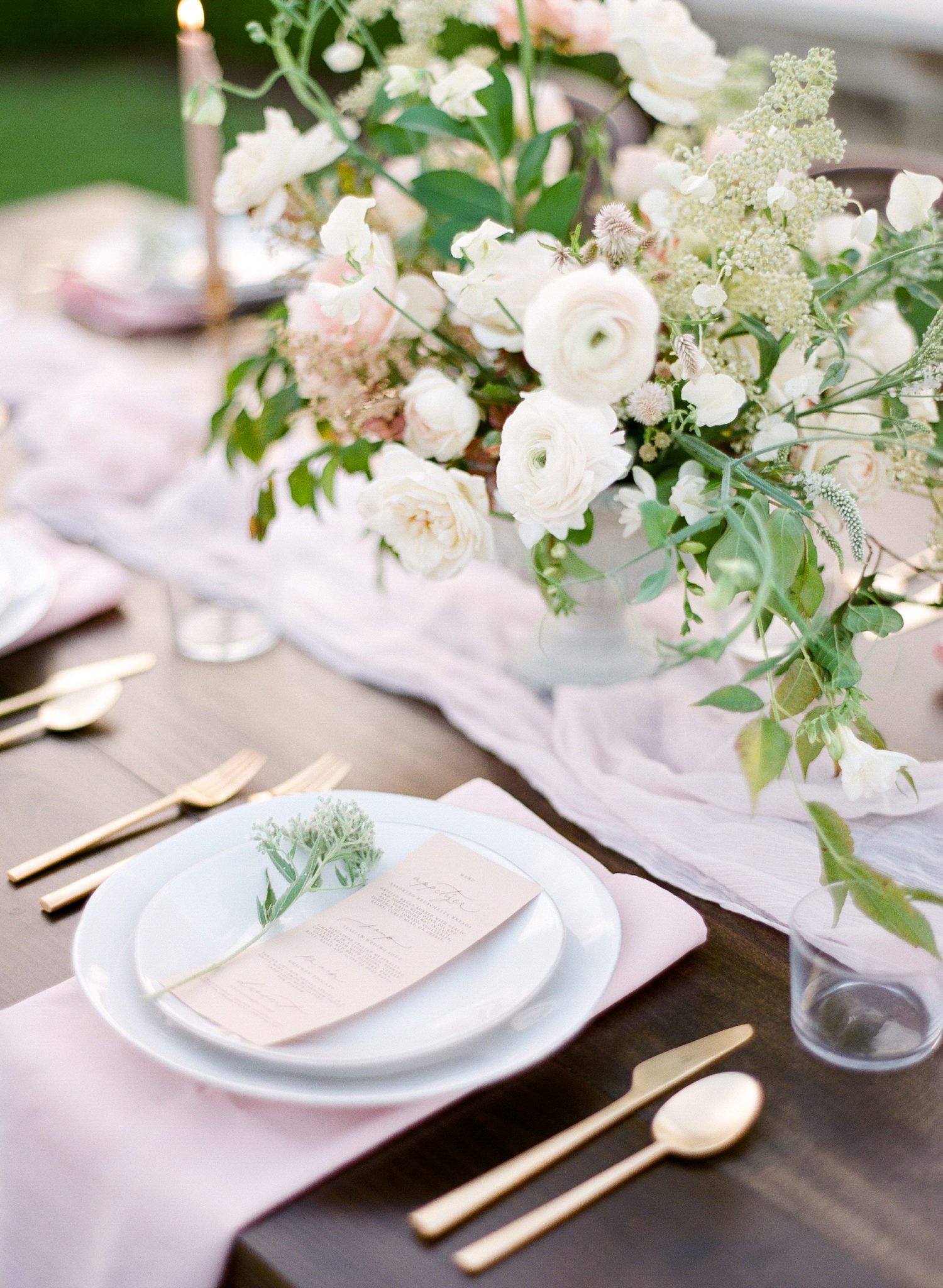 FILM - SLY Enchanted tablescape-000026190003